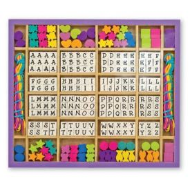 Melissa & Doug - Deluxe Wooden Stringing Beads With 200+ Beads and 8 Laces for Jewelry-Making