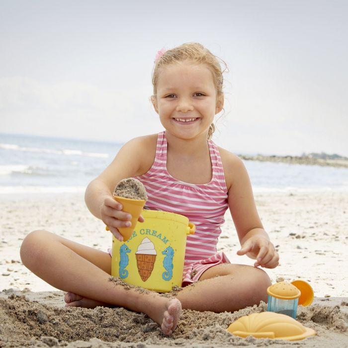 Melissa & Doug Speck Seahorse Sand Ice Cream Set (bucket)